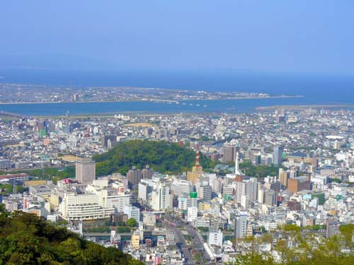 眉山から展望する徳島市街地
