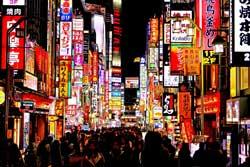 新宿の繁華街歌舞伎町