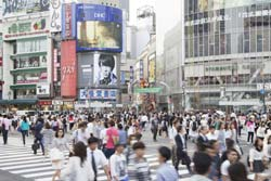 渋谷のスクランブル交差点前