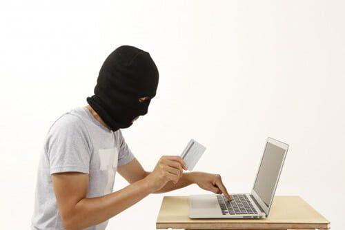 クレジットカード現金化の利用者に適用されそうなのは横領罪