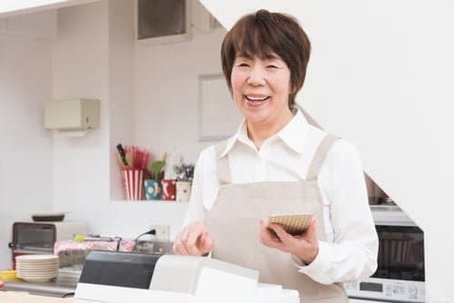 専業主婦の現金化は生活費を賄う