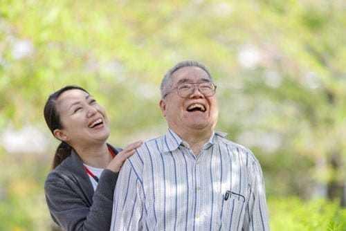 第二の人生を謳歌する高齢者たちのシステム