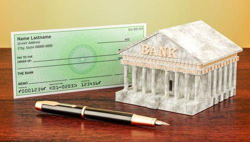 海外小切手は現金化に手間がかかるうえに手数料にも注意が必要