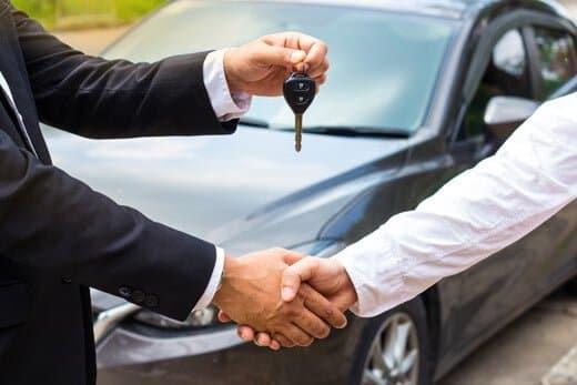 車やバイクの買取依頼はスムーズな現金化が可能で高額になる期待ができる