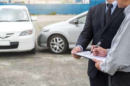 車両保険はいざという時のために必要!そして現金で受け取ることも可能だった!