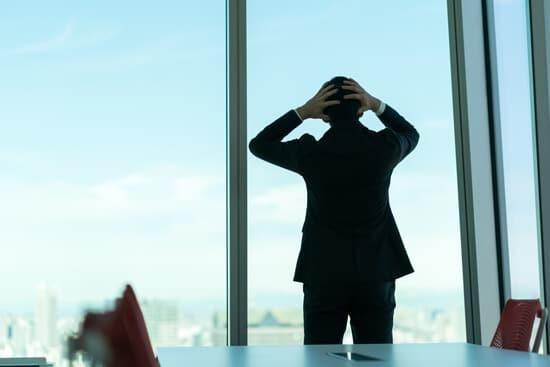 現金化業者が摘発された場合に利用者は大丈夫なのか?