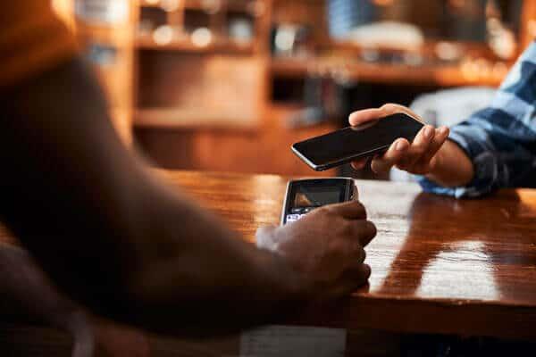業者を使わない クレジットカード 現金化 自分で 電子マネー