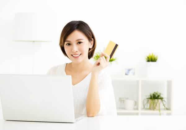 業者を使わない クレジットカード現金化 自分で ネットオークション