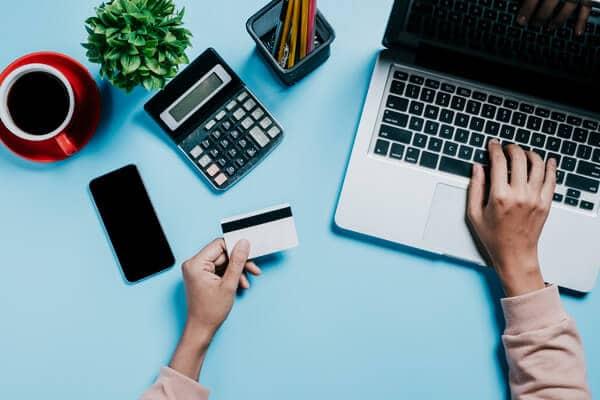 クレジットカード 現金化 優良 ランキング 換金率 バランス